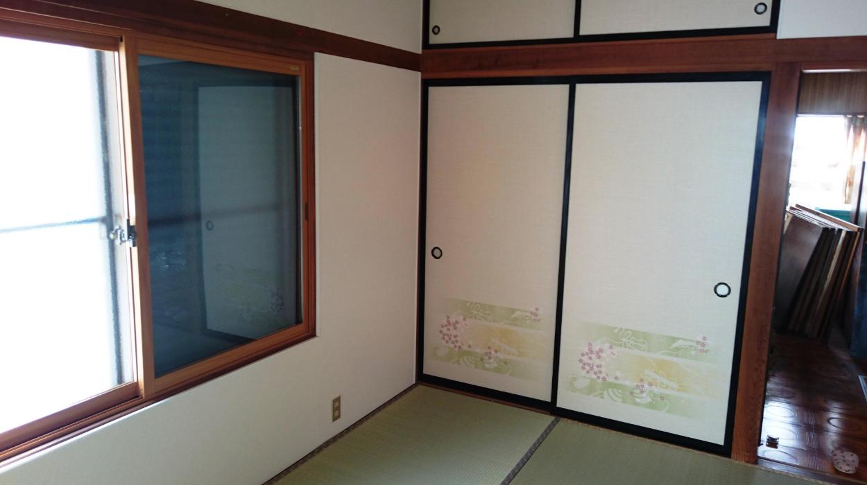 天井 襖 壁紙張替え リフォーム工事 米沢市の住宅 新築 リフォームなら本多建設